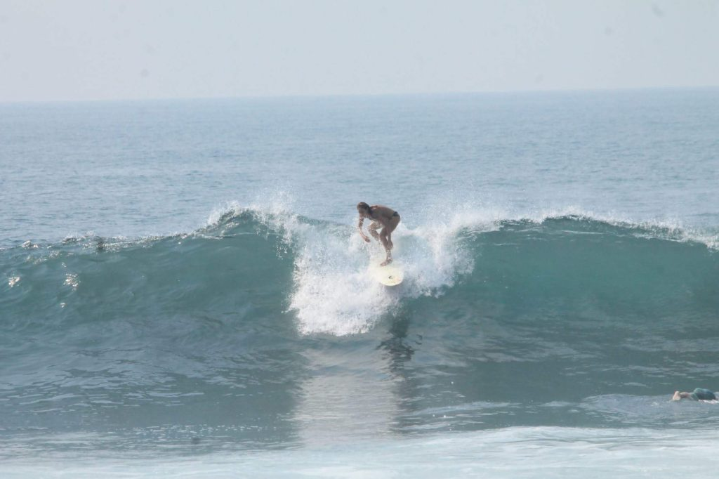 bruna villegas, como criar um blog, história de um blog, blog de surf, vestindo a alma, surf em el salvador