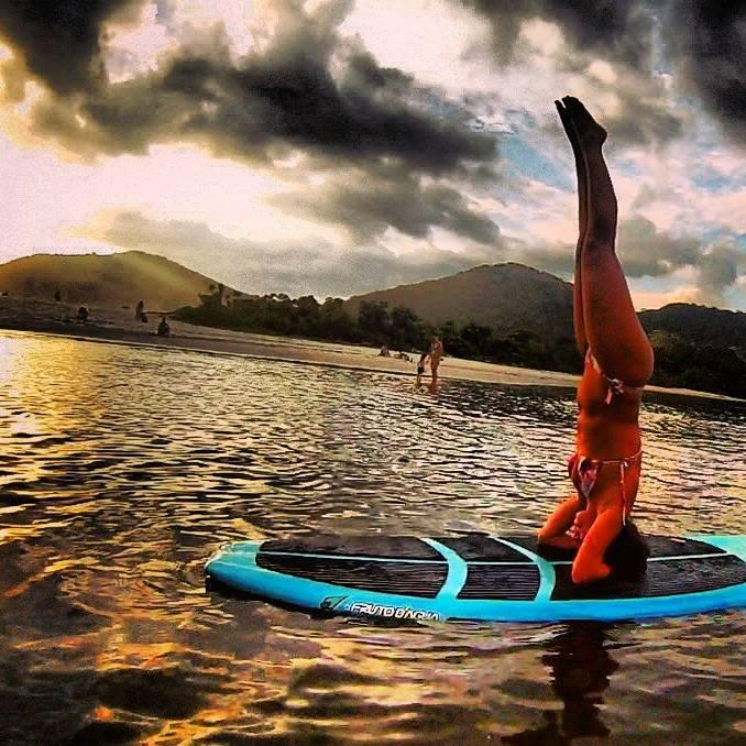 yoga, sup yoga, Vestindo a Alma, Blog de Lifestyle, Blog de Viagens, Dicas de viagens, praias do mundo, Bruna Villegas, melhores blogs de viagens, blog de viagens pelo mundo, blog estilo de vida, blogs de surf, blog surf trip