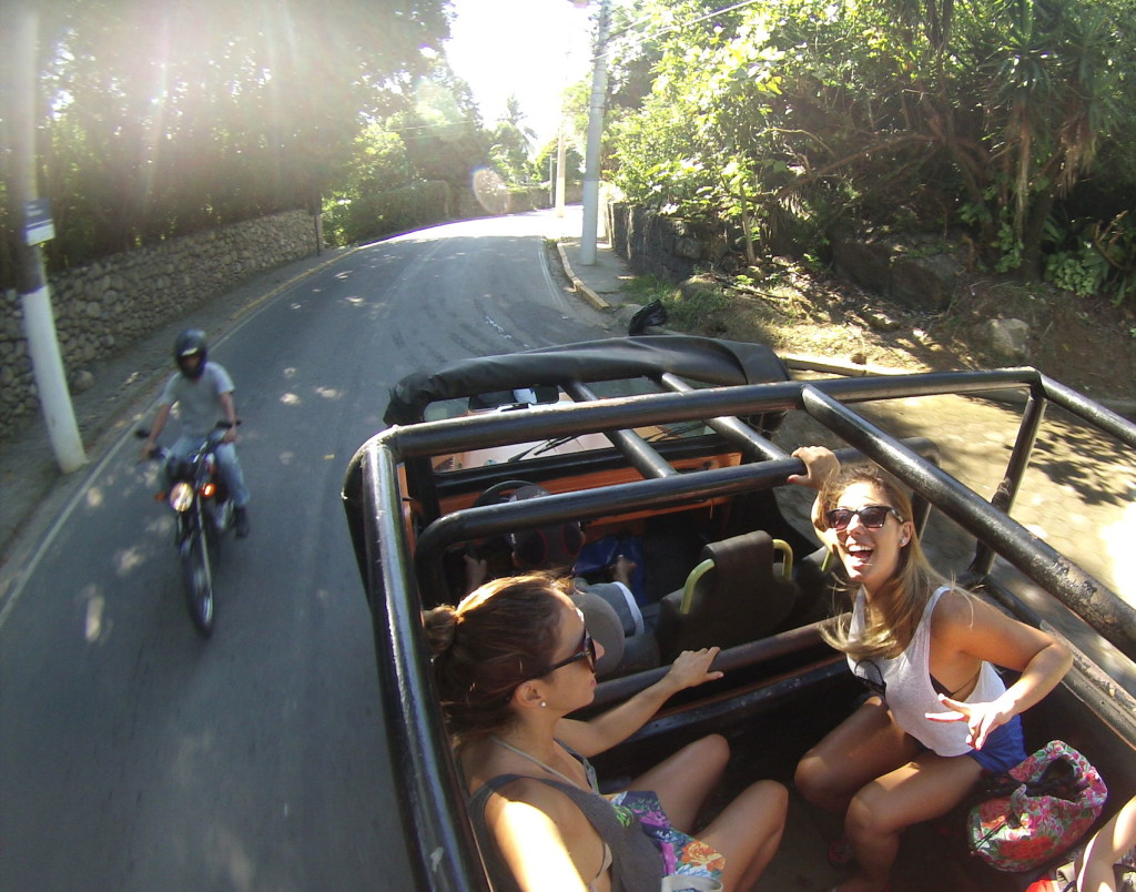 jeep, praia dos castelhanos, surf em castelhanos, surf em ilhabela, jeep