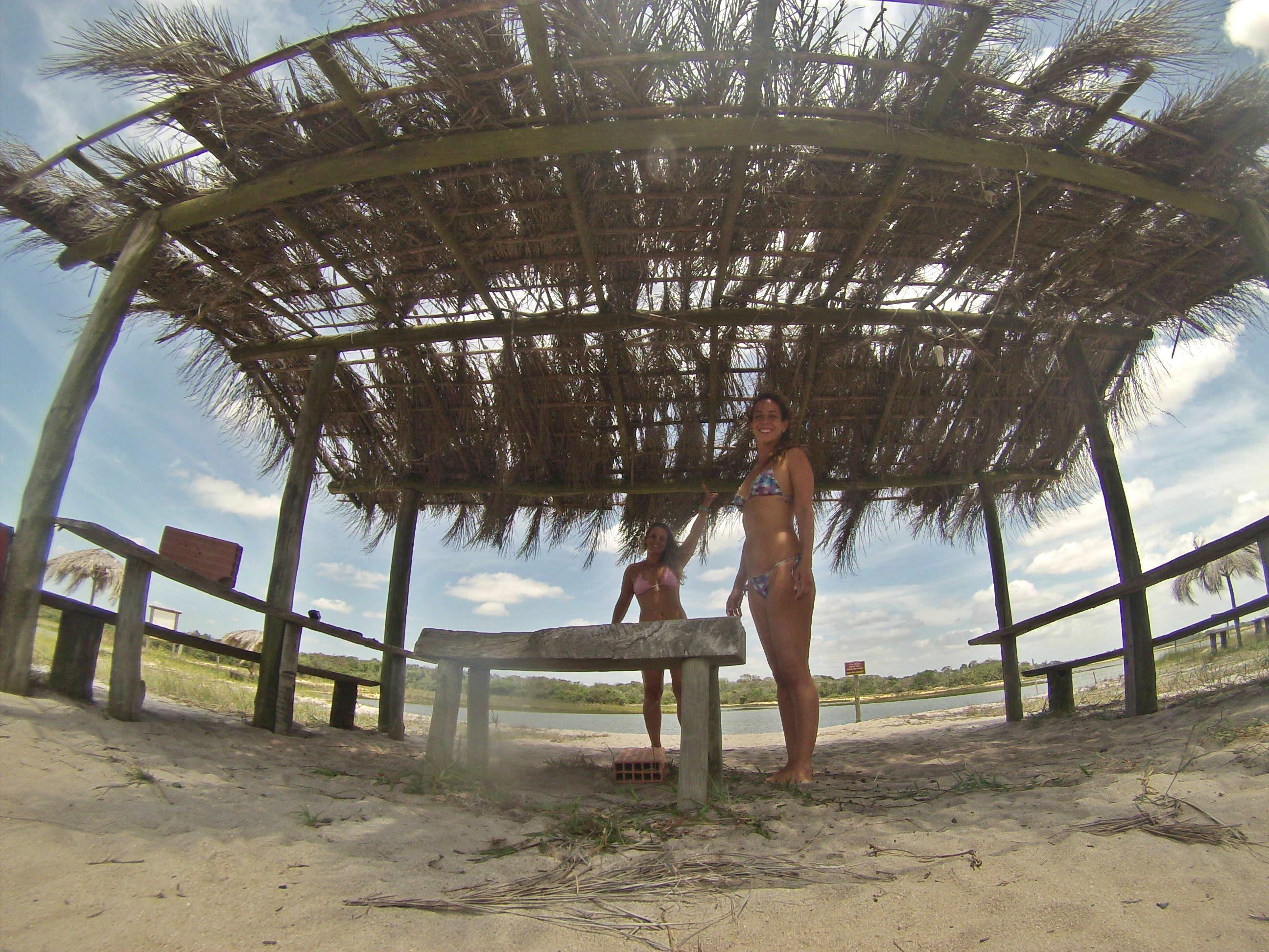 Vestindo a Alma, Blog de Lifestyle, Blog de Viagens, Dicas de viagens, praias do mundo, Bruna Villegas, melhores blogs de viagens, blog de viagens pelo mundo, blog estilo de vida, blogs de surf, blog surf trip, melhores blogs, regencia, espirito santo, mar de lama em regência, desastre em regência, surf em regência,