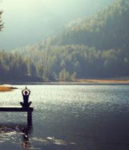 treinamento funcional surf, yoga na mooca, lugares bons para fazer yoga, pilates na mooca, estúdio de pilates na moca, treinamento para surfistas, benefícios da meditação, como começar a meditar